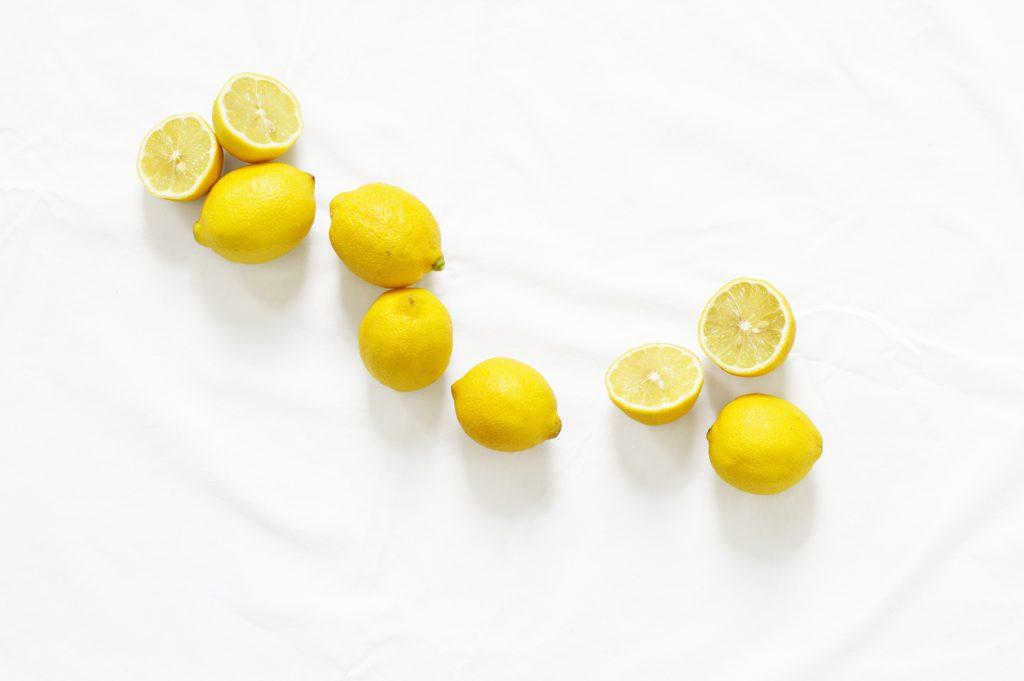Сок лимона для ногтей